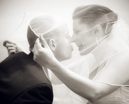 wedding in Italy - the kiss