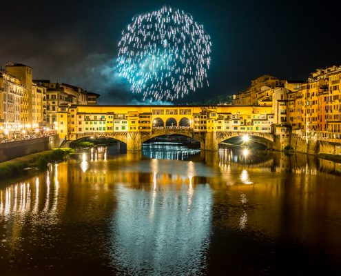 Special tours Italy, florence. The old bridge with fireworks for san g