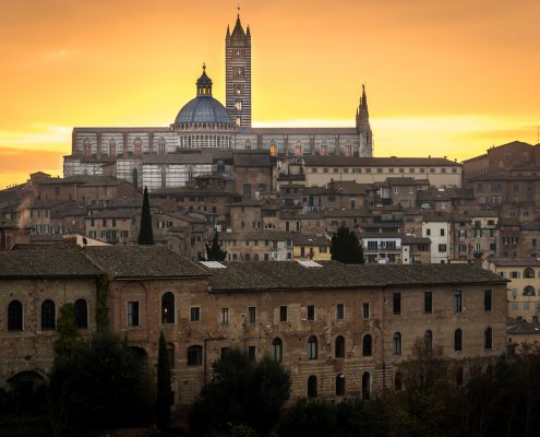 cultural trips to Italy, Tuscany. The cathedral of Siena at sunrise