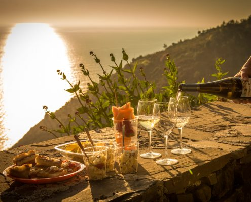 Wine tours in Italy, Liguria. An aperitif with Cinque Terre wine