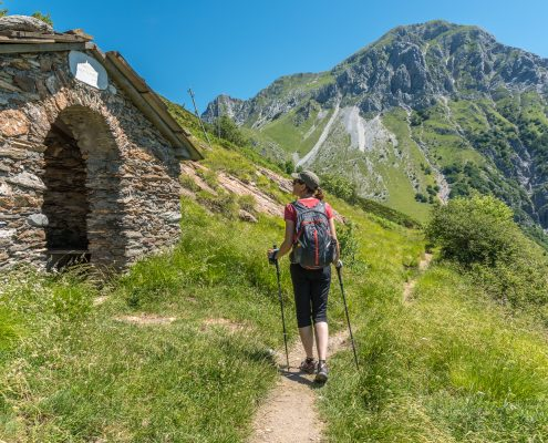 italy, Tuscany, hiking in the Apuan Alps close to Carrara
